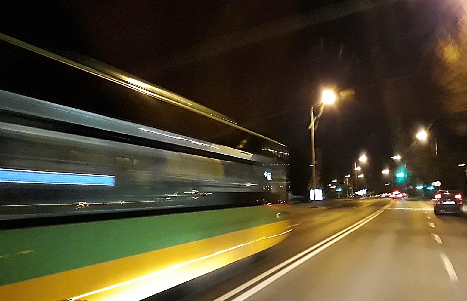 WAŻNE! W noc z 30 listopada na 1 grudnia 2018 autobusy linii nr 235 będą kursować stałą trasą