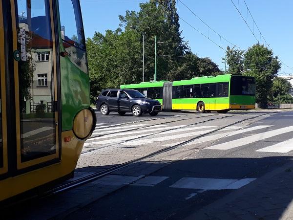 Zmiany w transporcie z uwagi na prace torowo-sieciowe na skrzyżowaniu ulic Wołyńska-Wojska Polskiego - od poniedziałku 13 sierpnia do niedzieli 2 września